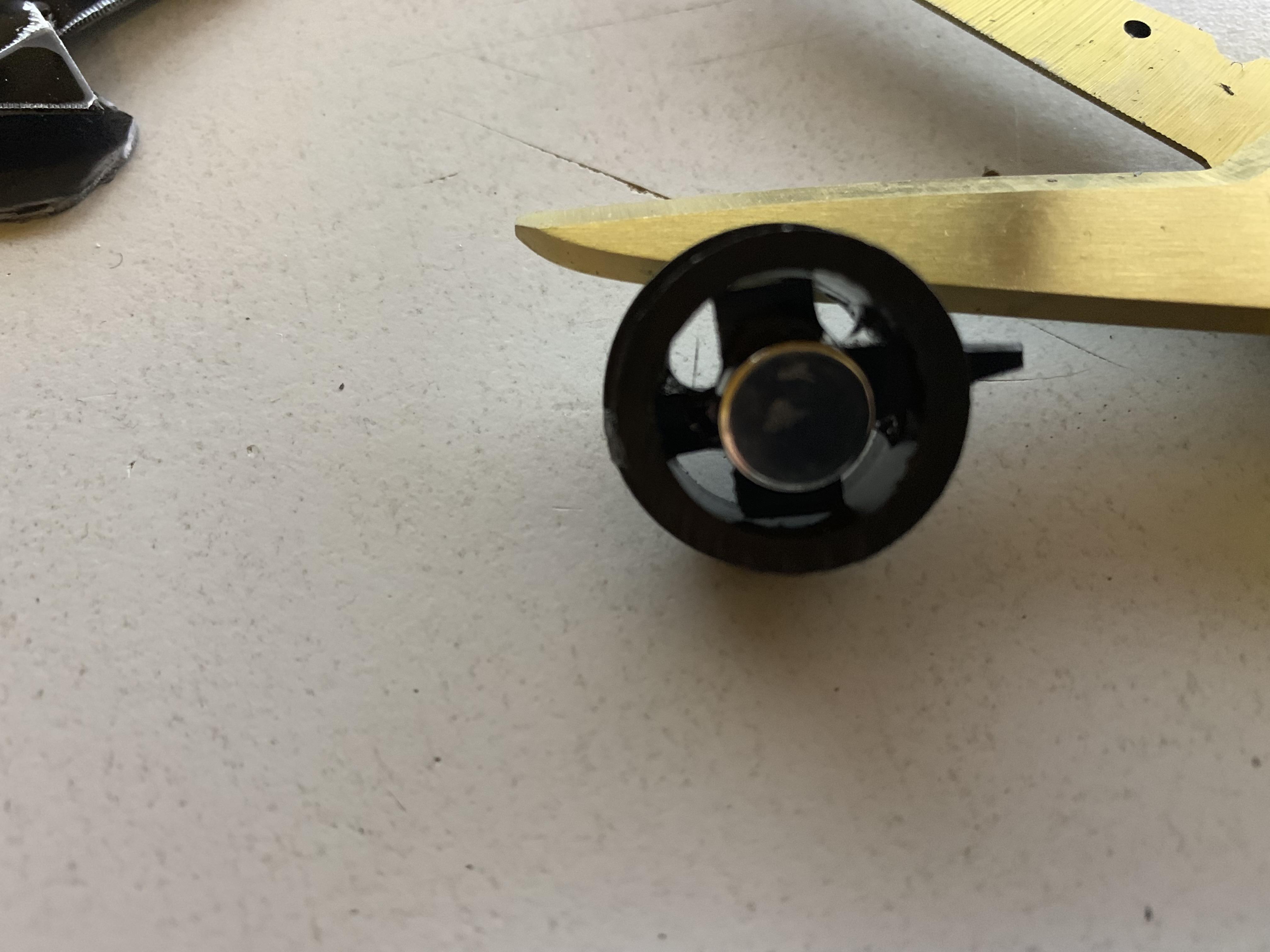 s438647550.online.de/PICS/Magnet_2.JPG