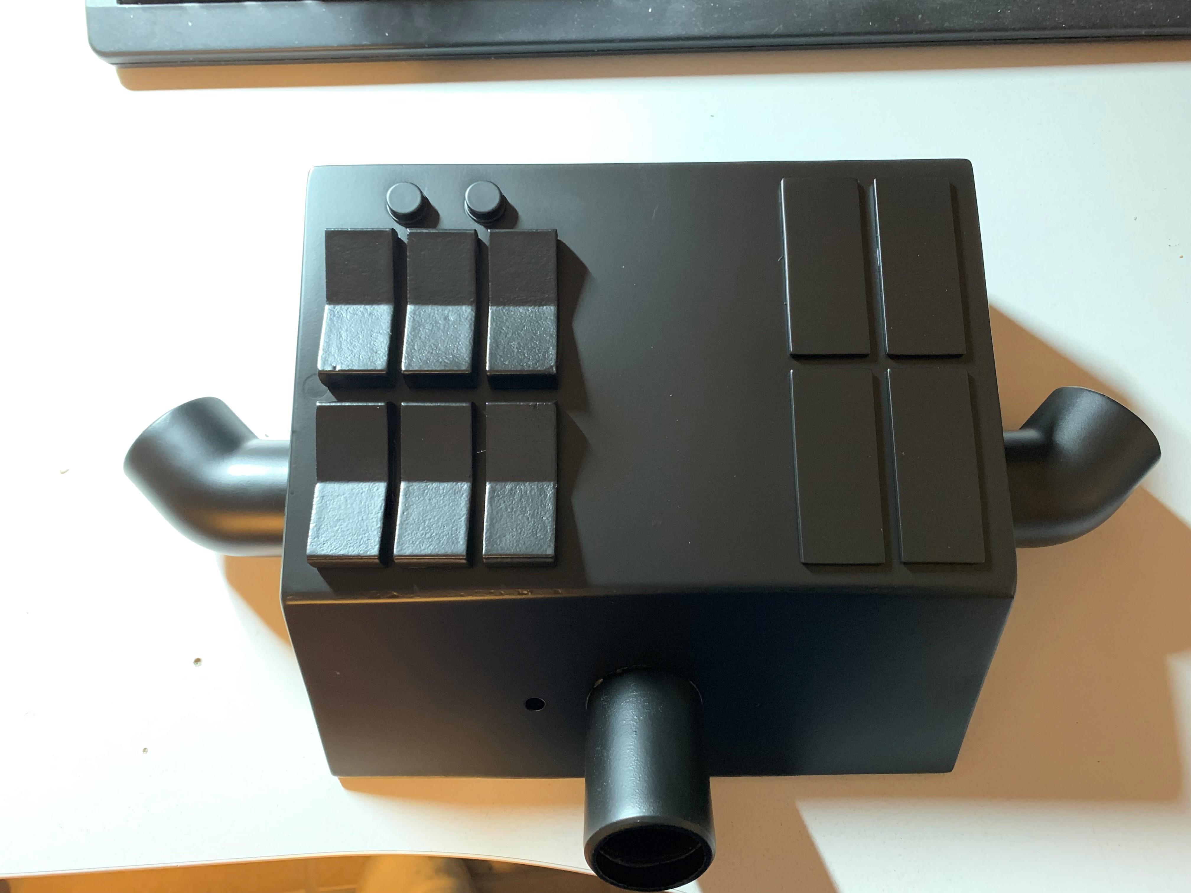 s438647550.online.de/PICS/Tie_Box_7.JPG
