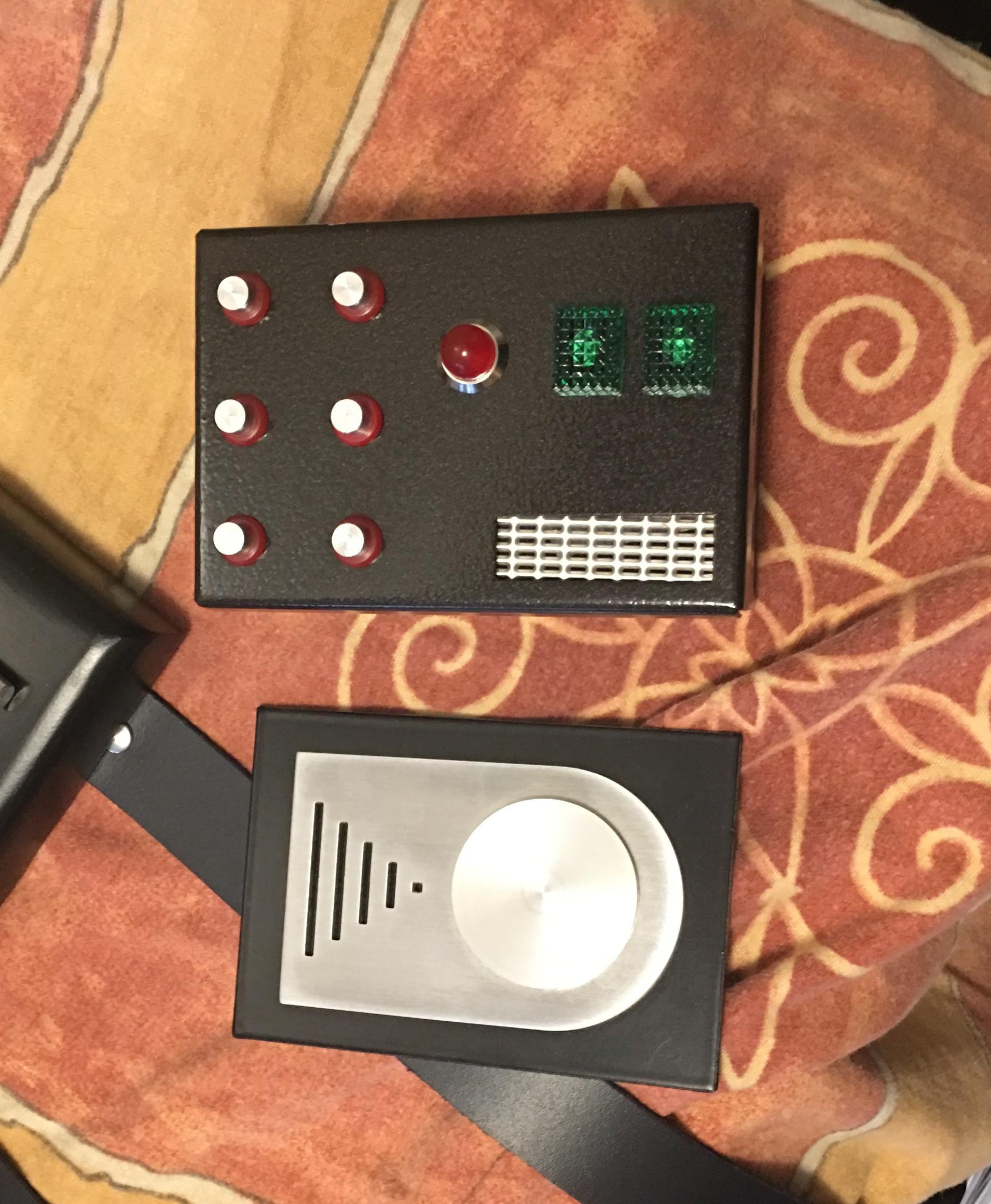 s438647550.online.de/PICS/boxes_rdy_5.JPG